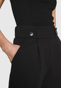 JDY - JDYGEGGO - Shorts - black - 4