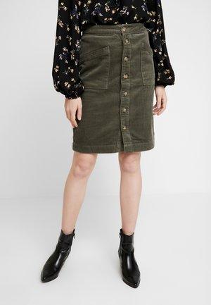 A-line skirt - grape leaf