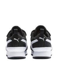 Puma - Baby shoes - black-white - 3