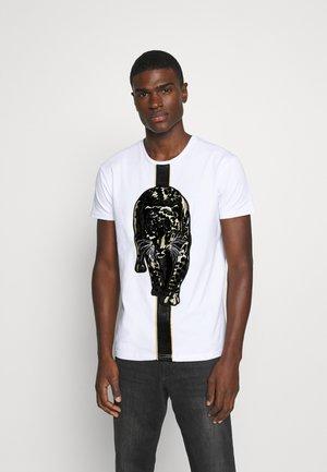 HATHIAN  - T-shirt con stampa - white