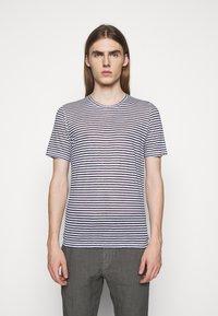 120% Lino - SHORT SLEEVE - Print T-shirt - white - 0
