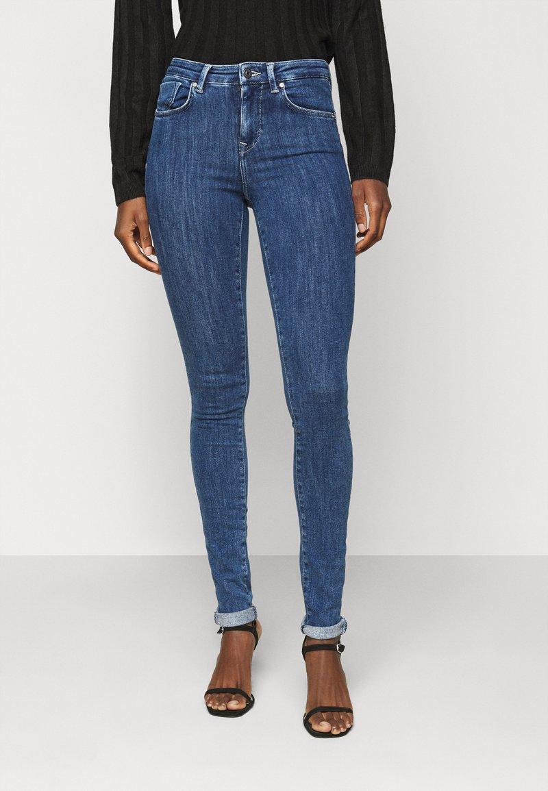 ONLY Tall - ONLPOWER LIFE PUSHUP - Jeans Skinny Fit - dark blue denim