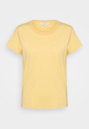 RATANPW - Basic T-shirt - sahara sun