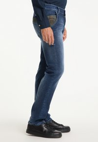 Pioneer Authentic Jeans - STAN - STRAIGHT FIT - Straight leg jeans - stone used - 3