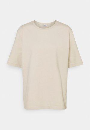 DAGNY - T-shirt basic - ivory