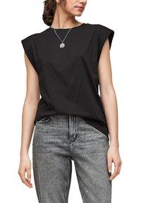 QS by s.Oliver - Basic T-shirt - black - 0