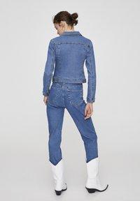 PULL&BEAR - Veste en jean - light blue - 2