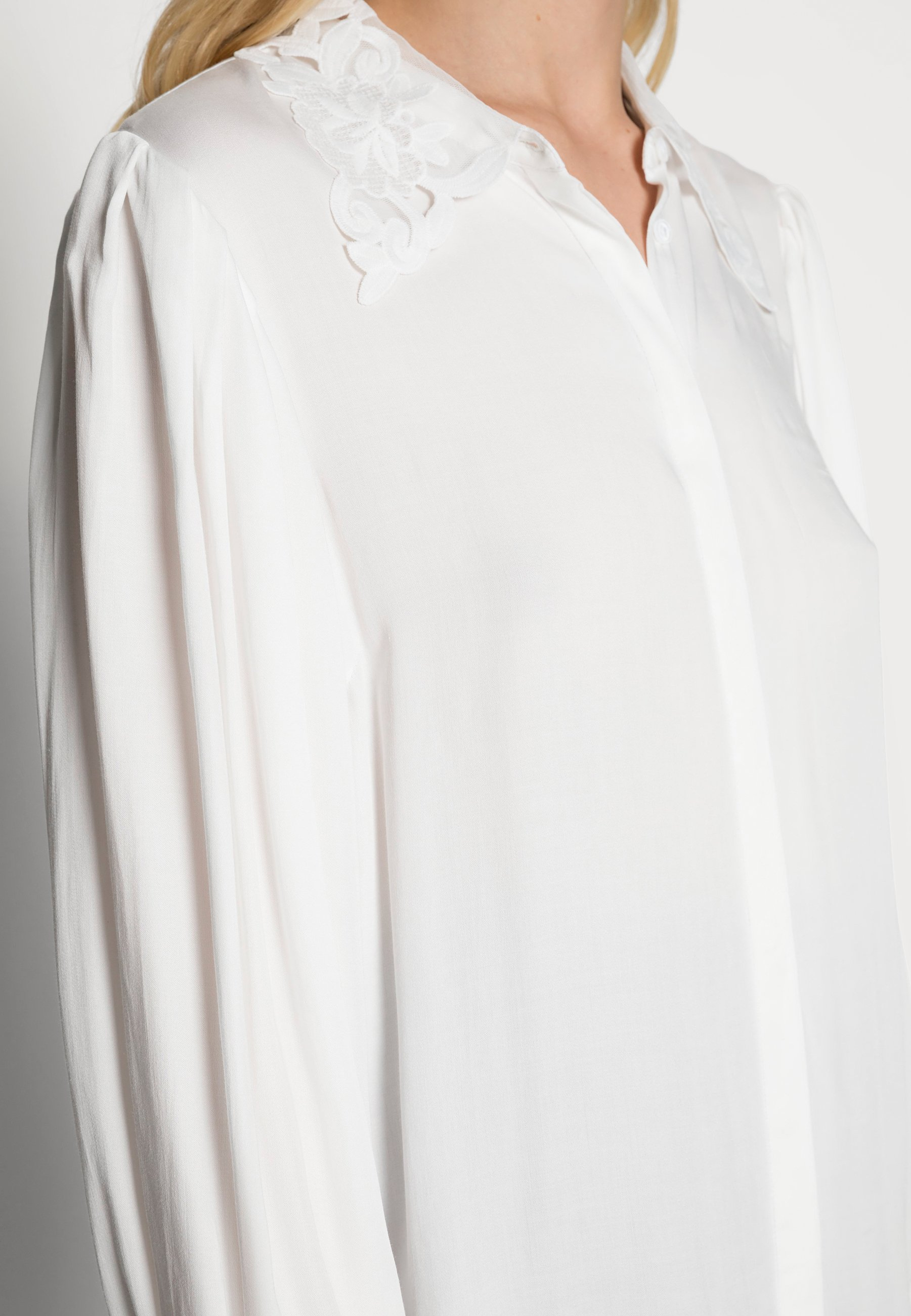 Damer Skjortebluser
