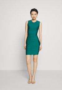 Hervé Léger - NEW ICON DRESS - Shift dress - capri - 0