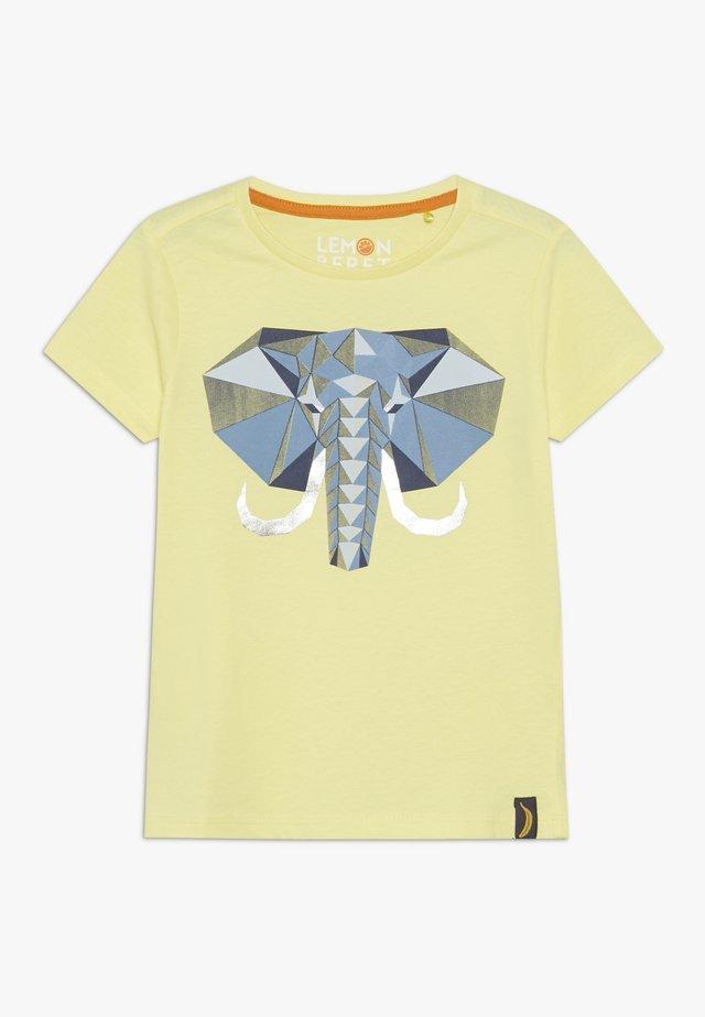 T-shirt print - limelight