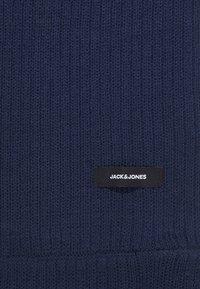 Jack & Jones - JACTUBE SCARF - Kruhová šála - navy blazer - 2