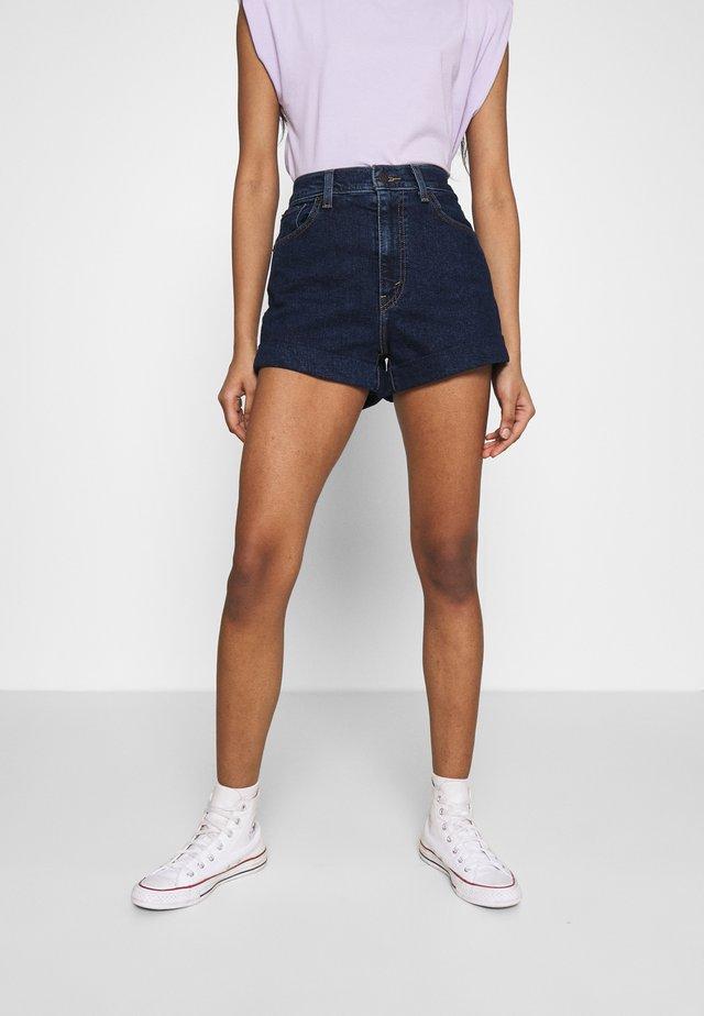 MOM LINE  - Shorts di jeans - make a splash