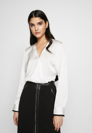 BLOUSE WITH TWIST FRONT - Blůza - offwhite