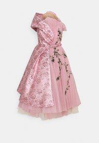 MOSCHINO - DRESS - Společenské šaty - pink - 0