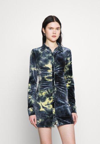 RUCHED DRESS  - Shirt dress - blue/green