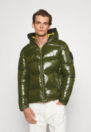 EDGARD - Winter jacket - pine green