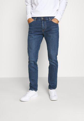 YENNOX - Slim fit jeans - blue denim