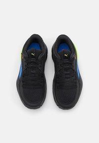 Puma - COURT RIDER POP JR UNISEX - Basketball shoes - black/bluemazing - 3