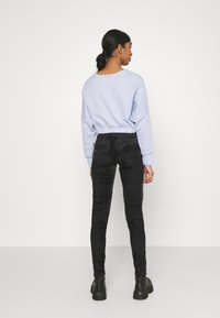 Diesel - SLANDY-BKX-H-SP - Jeans Skinny Fit - black velvet - 2