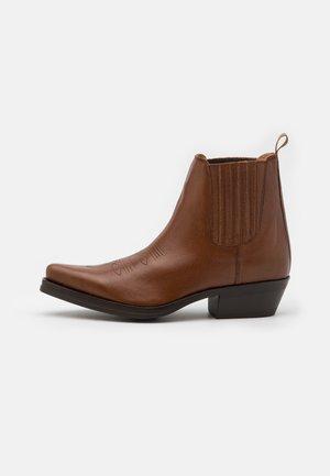 Cowboy/biker ankle boot - rondinetta teak