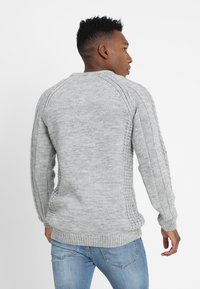 Pier One - CHUNKY CABLE KNIT - Pullover - mottled light grey
