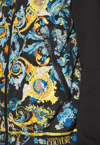 Versace Jeans Couture - CRINKLE  - Waistcoat - black - 7