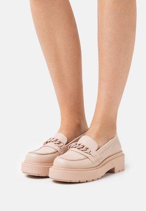 LEATHER - Scarpe senza lacci - beige