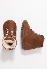 Shoesme - BABY-PROOF SMART - Dětské boty - cognac - 0