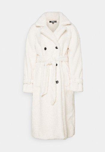 COLLAR COAT - Trenchcoat - white