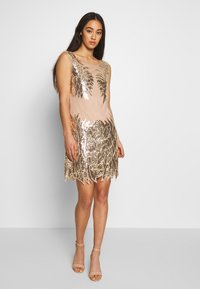 Nly by Nelly - DANCE DRESS - Vestito elegante - gold - 0