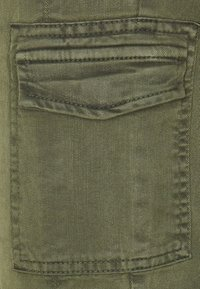 comma casual identity - LANG - Slim fit jeans - green - 2