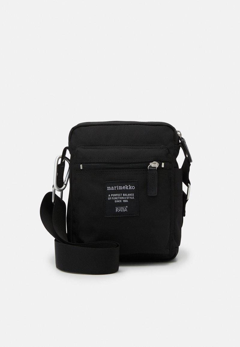 Marimekko - CASH CARRY BAG - Torba na ramię - black