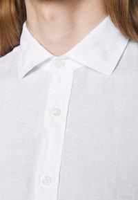 120% Lino - SLIM FIT - Košile - white - 4