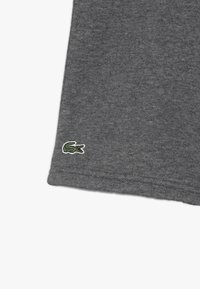 Lacoste Sport - CLASSIC - Träningsshorts - pitch - 3