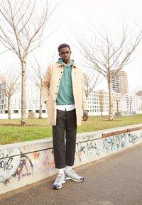 Salomon - XT 6 UNISEX - Sneakers - quarry/white/primrose - 0