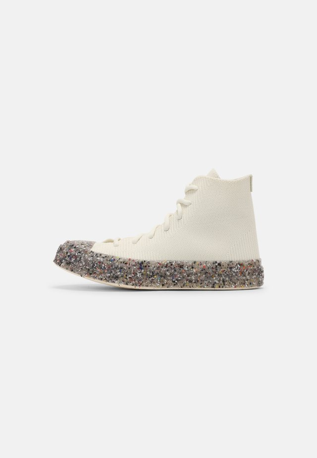 RENEW CHUCK 70 RECYCLED UNISEX - High-top trainers - egret/string/barely volt
