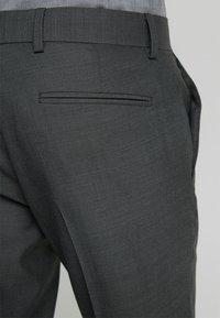 Isaac Dewhirst - SUIT - Garnitur - dark grey - 6