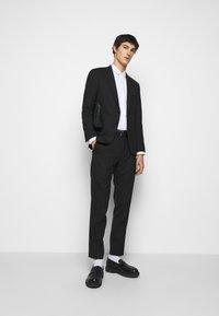 HUGO - Formal shirt - open white - 1