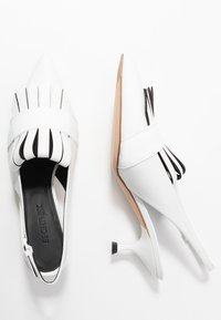 Sportmax - GERALD - Classic heels - latte - 3