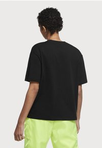 Nike Sportswear - AIR TOP  - T-shirt imprimé - black/white - 2
