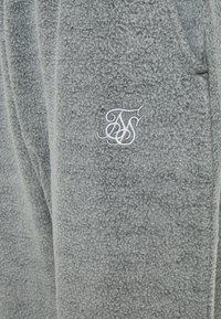 SIKSILK - BRUSHED JOGGER - Tracksuit bottoms - washed grey - 2