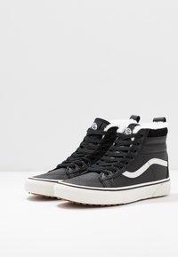 Vans - SK8 MTE - Sneaker high - black/true white - 4