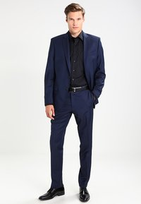 OLYMP Luxor - NEW KENT - Kostymskjorta - schwarz - 1