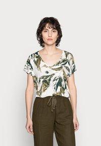 Part Two - ICALINA - Print T-shirt - green - 0