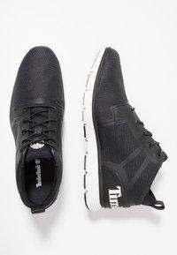 Timberland - KILLINGTON SUPER - Sneakersy wysokie - black - 1