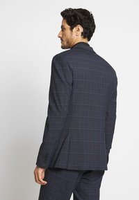 Isaac Dewhirst - CHECK SUIT - Garnitur - dark blue - 3