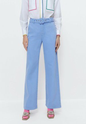 GERADE - Flared Jeans - lilac