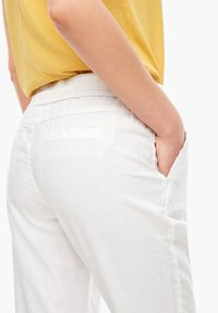 s.Oliver - Trousers - offwhite - 2