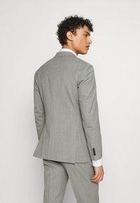 Michael Kors - SLIM FIT SUIT - Suit - grey - 3
