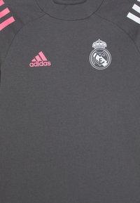 adidas Performance - REAL MADRID FOOTBALL SHORT SLEEVE - Klubové oblečení - grefiv - 2